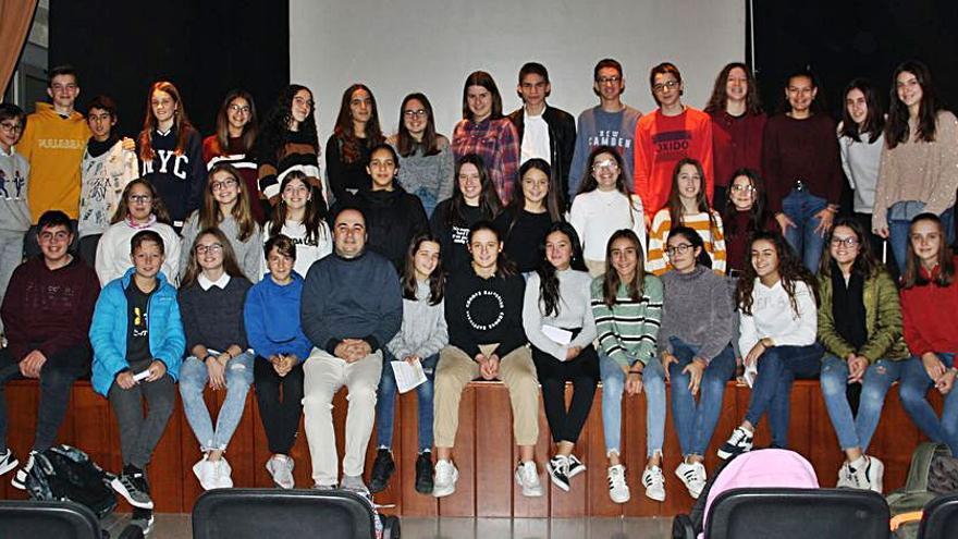 Els centres educatius d'Alcoi, Muro, Cocentaina i Ibi participen en la lectura col·lectiva del «Tirant lo Blanc»