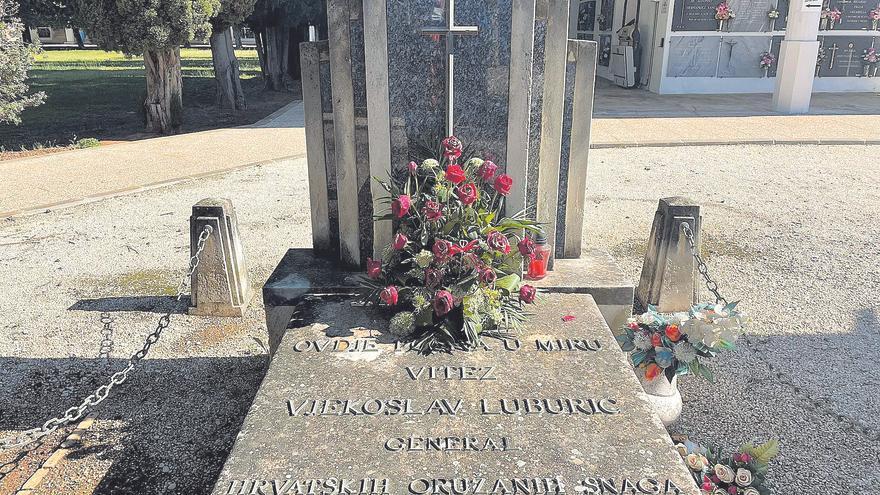 Carcaixent teme que la tumba del criminal nazi quede impune