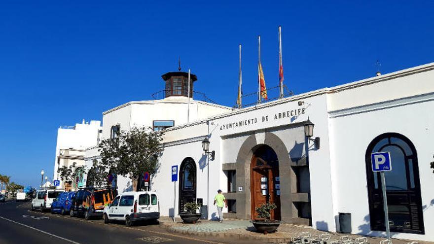 450 estudiantes de Arrecife recibirán ayuda para comprar material escolar