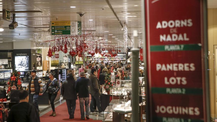Consulta los días festivos de diciembre de apertura comercial en Mallorca
