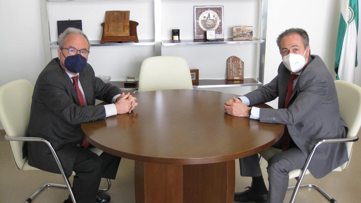 Reunión entre Antonio Díaz y Ángel Pimentel.