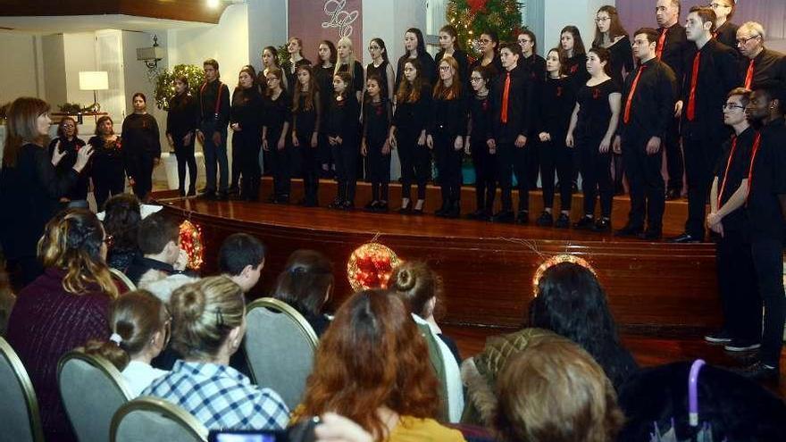 El coro de estudiantes del IES A Xunqueira I ya es el mejor de España