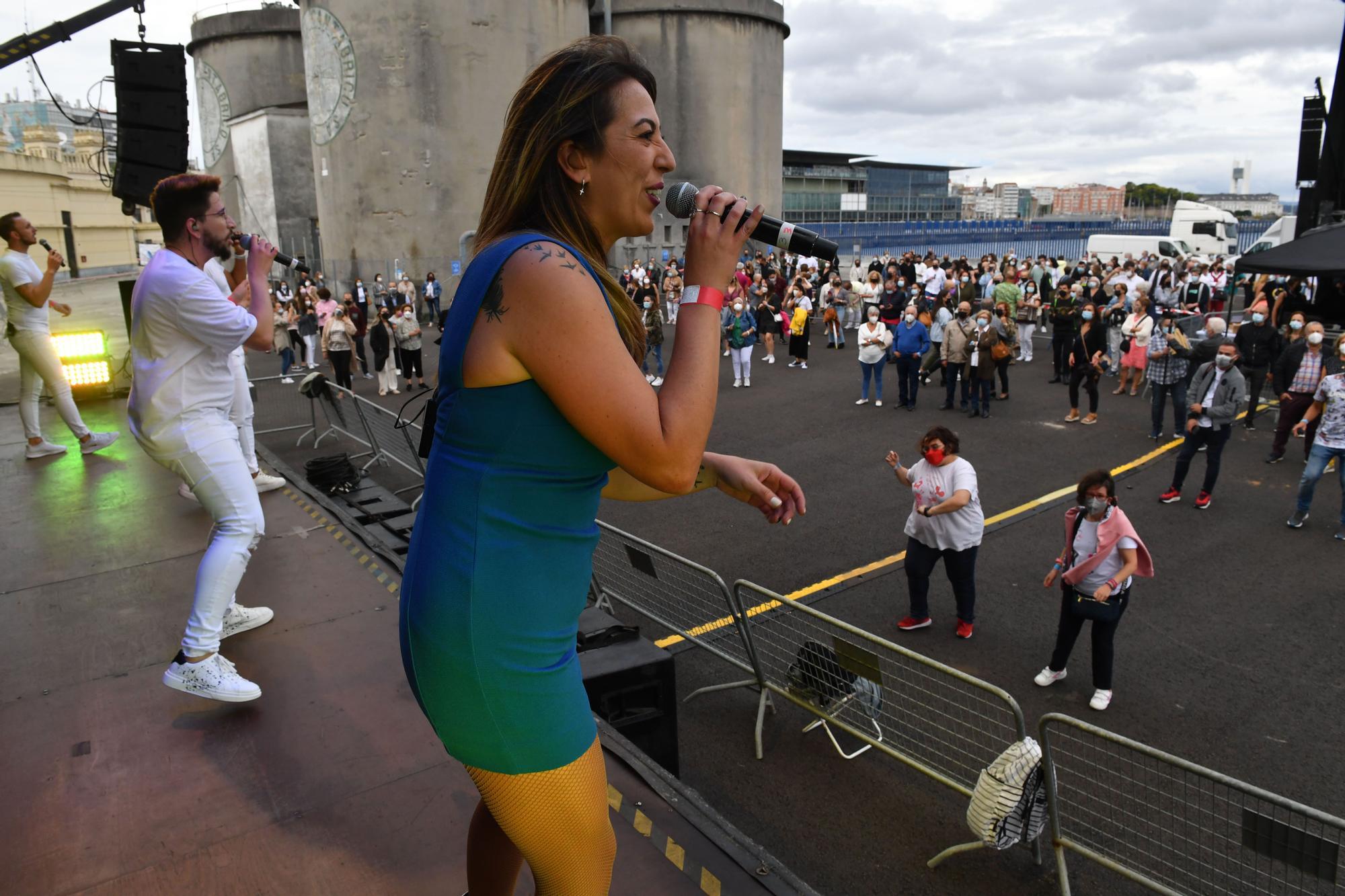 Siete orquestas en el muelle de Batería de A Coruña