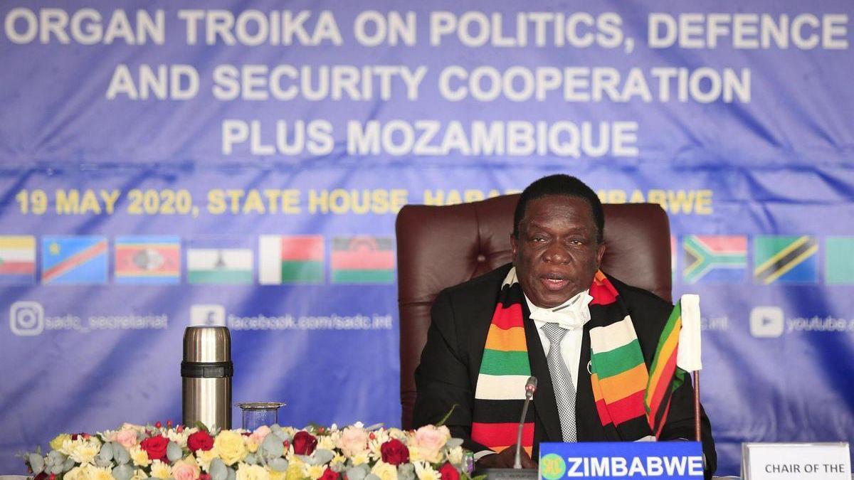 Muere el tercer ministro de Zimbabue por coronavirus en una semana