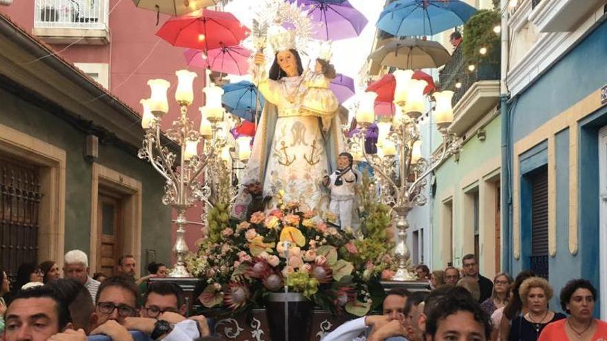 Alicante rinde homenaje a la Virgen del Socorro