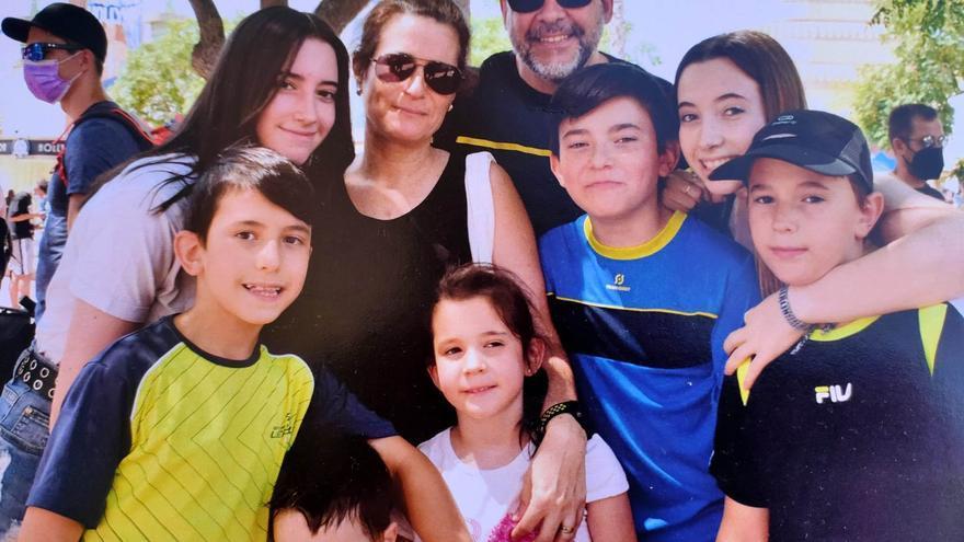 Patricia, Marco Antonio y los 7