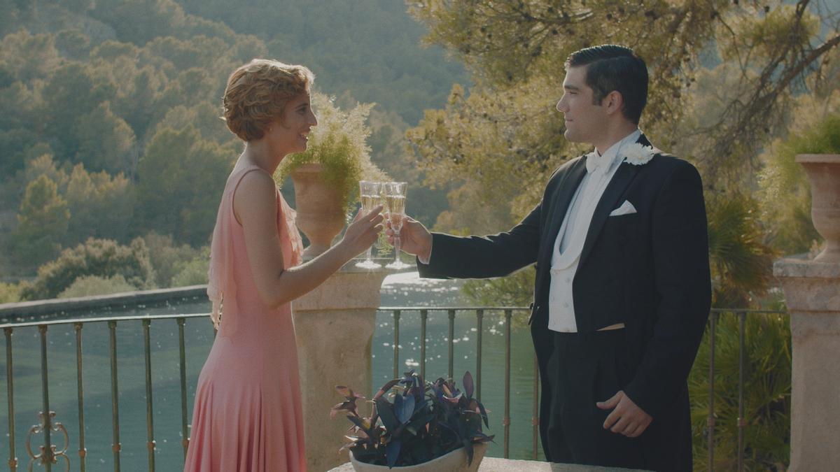 Teresa Ferrer y Adrián Salcedo, protagonistas de 'Sergi & Irina'.