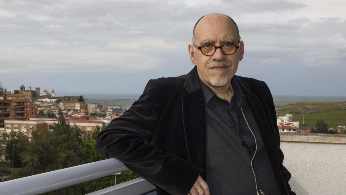 El magistrado y escritor Jesús María Gómez Flores.