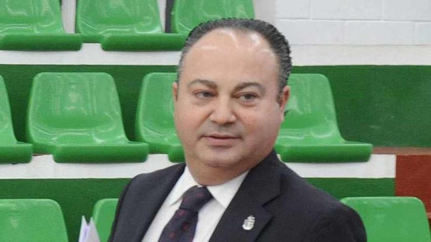 El fiscal pide más de 20 años de prisión para el alcalde de Cee por la 'operación Orquesta'