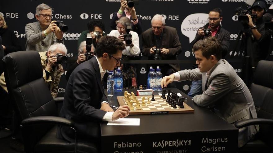 Carlsen y Caruana se jugarán el Mundial a partidas rápidas