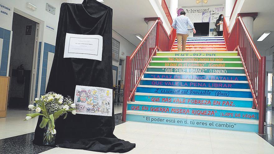 Un informe apunta a una relación entre la vacuna de AstraZeneca y la muerte de la profesora cartagenera en Marbella