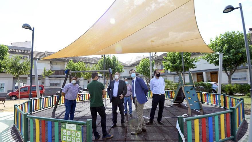 Más de 120 nuevas pérgolas para crear espacios de sombra en jardines de Murcia