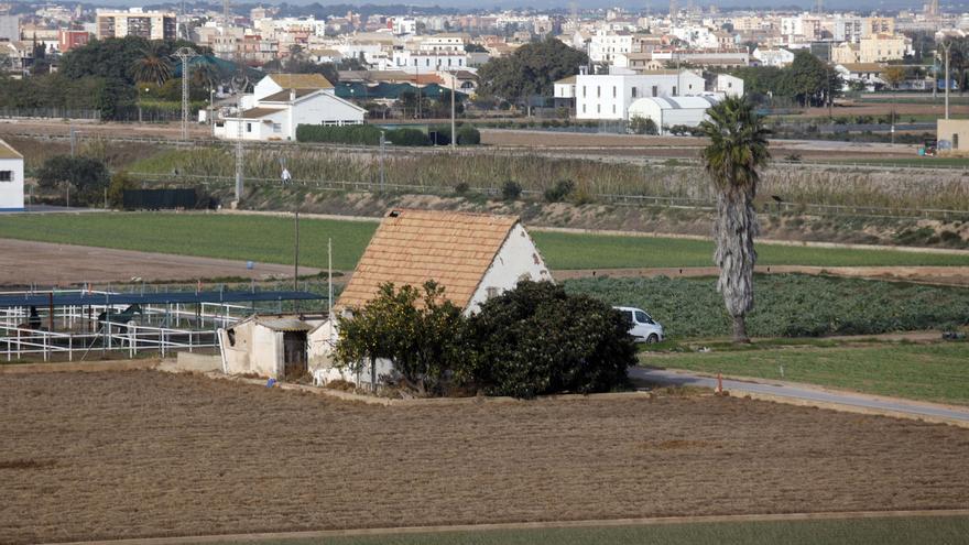La Policía autonómica localiza una masía para eventos ilegales en Alboraia