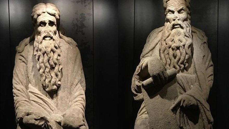 Santiago pierde otro pleito con los Franco sobre las estatuas del Mestre Mateo