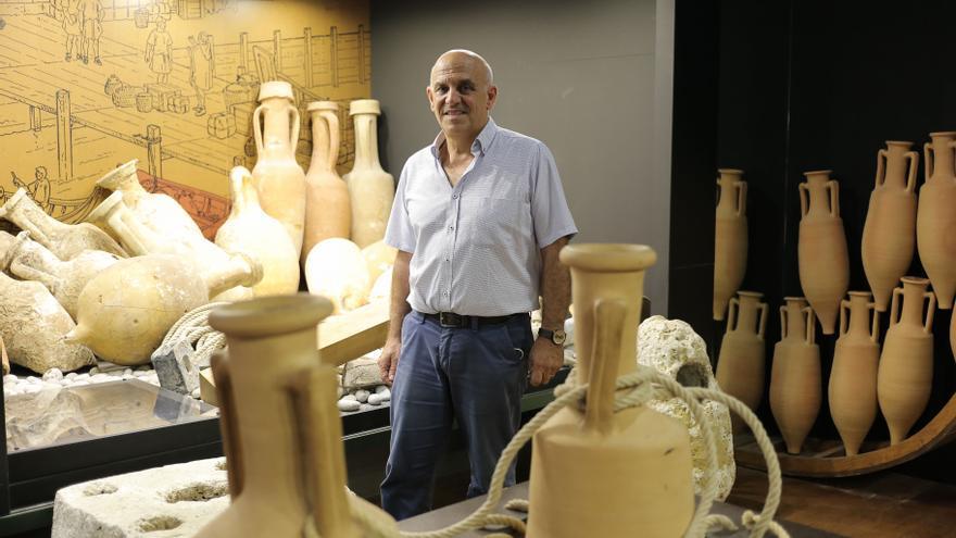 El responsable del Servicio de Arqueología de la Diputación de Castellón, Arturo Oliver, repasa los principales yacimientos visitables