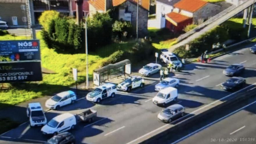 El cierre perimetral de A Coruña provoca atascos en las principales vías