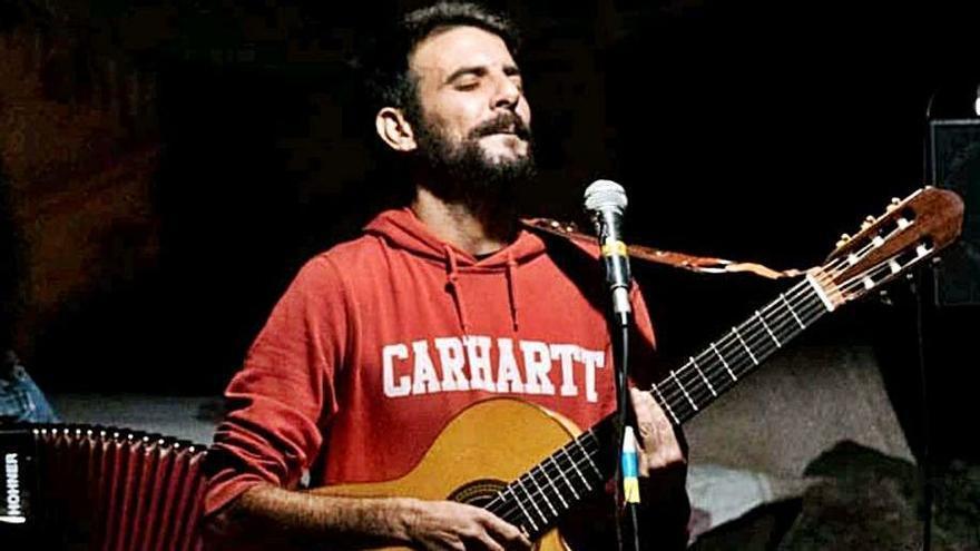 José Arbelo estrena hoy la plataforma 'online' canaria Biverso con un concierto