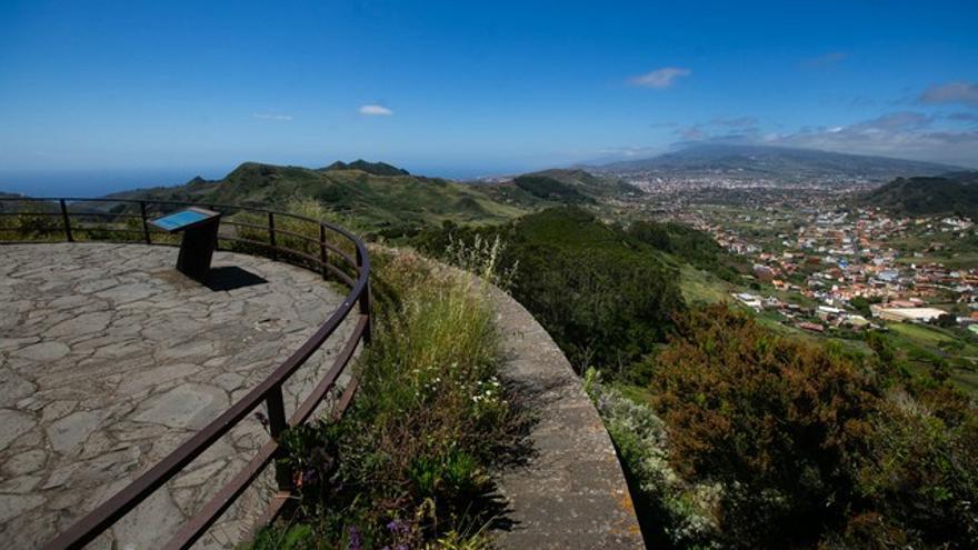 Alongados a los tesoros naturales de Tenerife