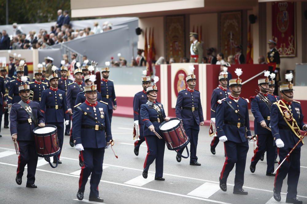 Miembros de la Guardia Real en el desfile del 12 ...