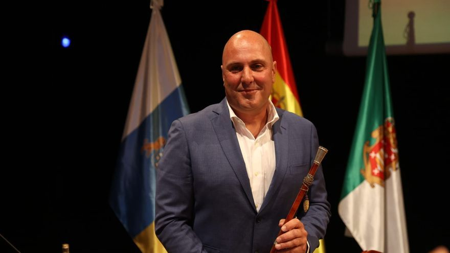 Sergio Lloret, elegido presidente del Cabildo