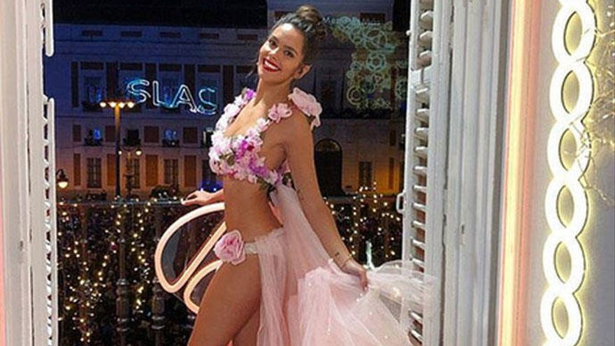 "Cristina Pedroche promete ""reventar"" las Campanadas de 2019 con su vestido"