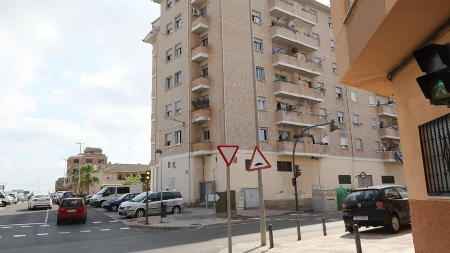 La Policía de Castelló disolvió la fiesta en la que se contagiaron 16 personas