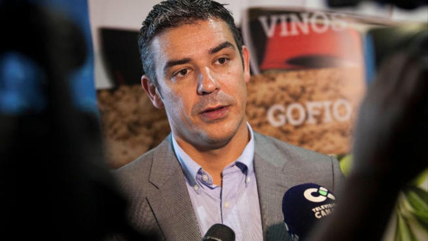 Quintero coge el timón de AHI y Rodríguez pugnará por el Senado
