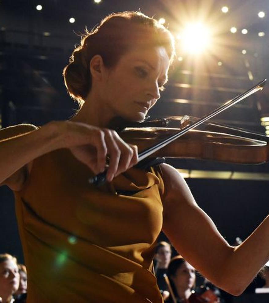 Crítica de 'La violinista': música clásica y arrebato emocional