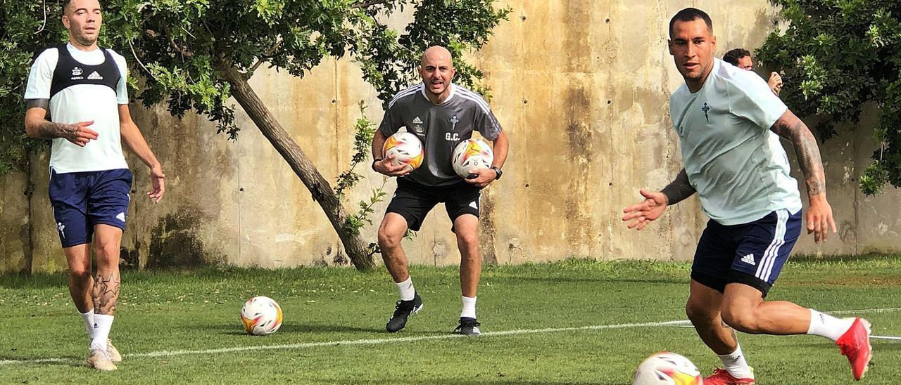 Iago Aspas y Hugo Mallo, durante un reciente entrenamiento en Marbella. // RC CELTA