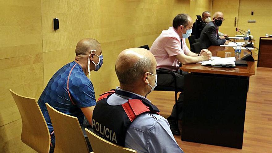 Arrenca el judici que ha d'esbrinar si l'assassí de Figueres sabia el que es feia
