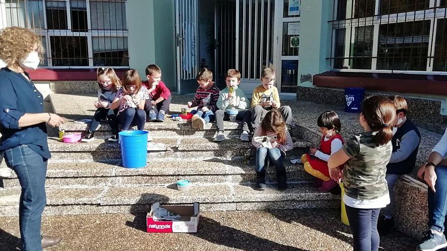 Amagüestu y tradición en el colegio piloñés de Villamayor