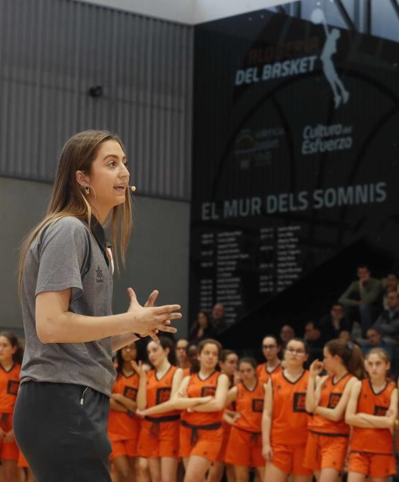 Lorena Segura entra en el ''Mur dels Somnis''