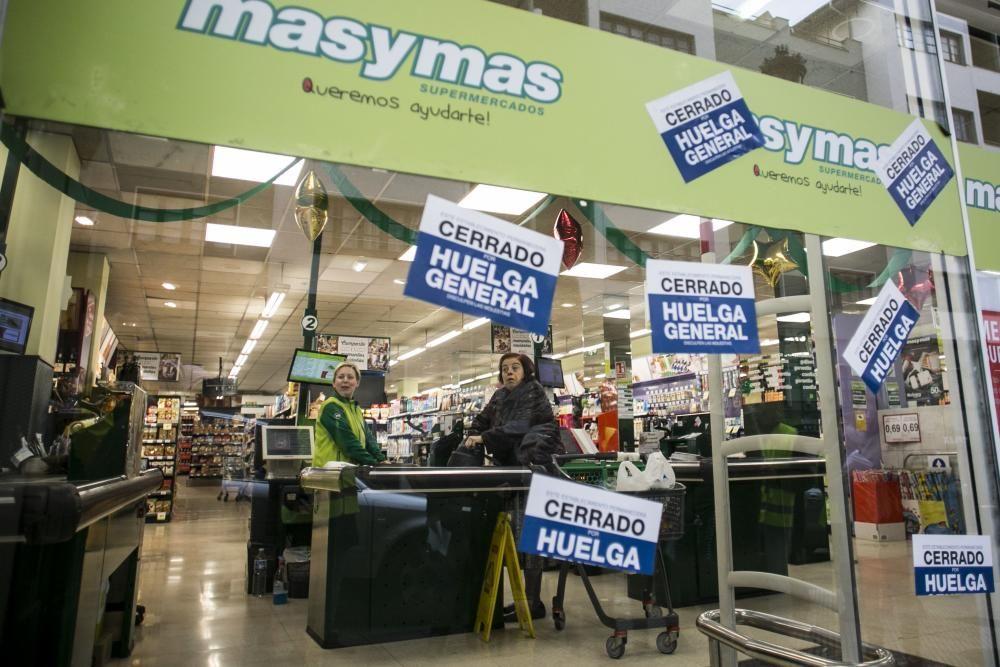 Huelga de los supermercados en Asturias.