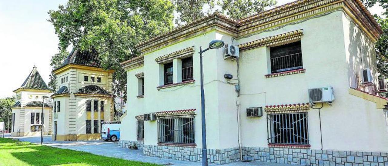 La antigua estación de Aragón que albergará el centro.  m.ángel montesinos