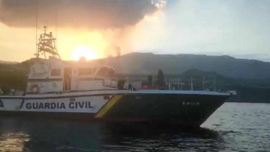 Trabajo de la Guardia Civil en el séptimo día de erupción del volcán de La Palma