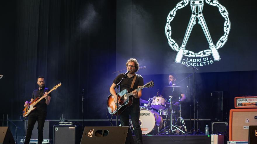 La banda zamorana Ladri di Biciclette busca apoyos para acudir al AstroMona Fest