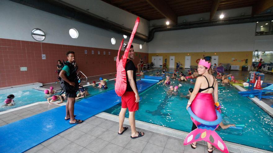 Carnaval en la piscina de es Viver