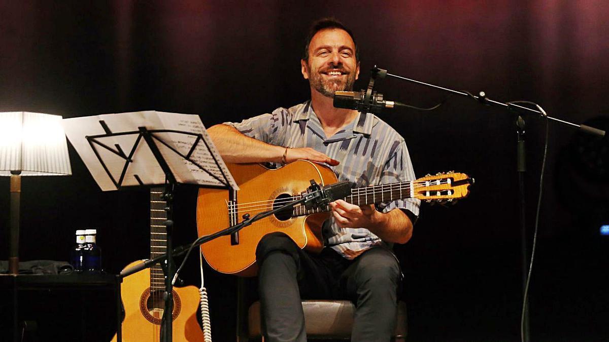 Johansen, durante su actuación en el festival Terraceo.   | // MARTA G. BREA