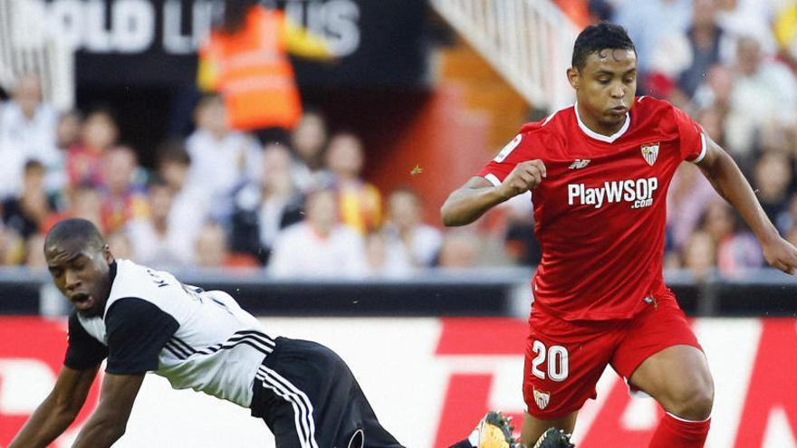 Muriel no entrena con el Sevilla y negocia su regreso a Italia