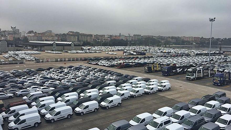 Zona Franca y Puerto firman la entrega de 65.000 metros cuadrados en Bouzas