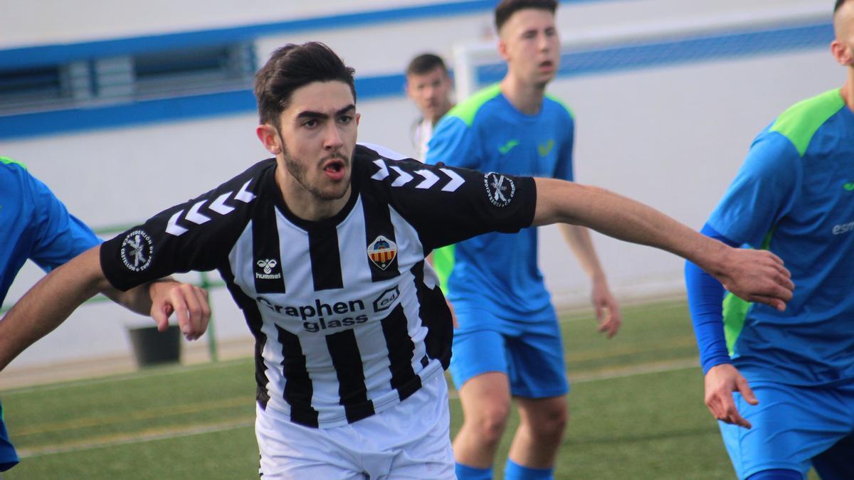 Marc Pitarch, el goleador que llama a la puerta del Castellón.