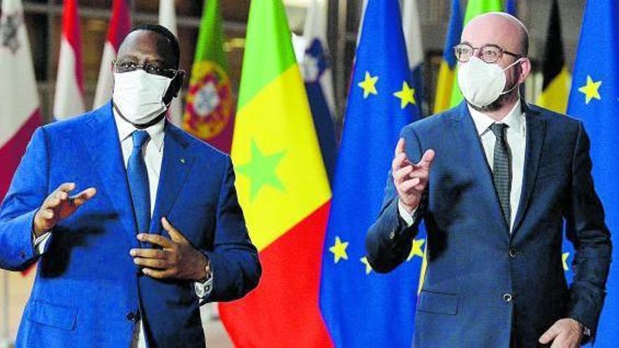 Frustración por el baldío resultado del viaje de Pedro Sánchez a Senegal