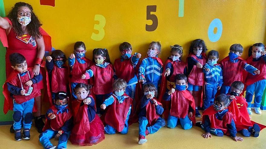 Superhéroe y juegos por el fin de curso en Culleredo y Abegondo