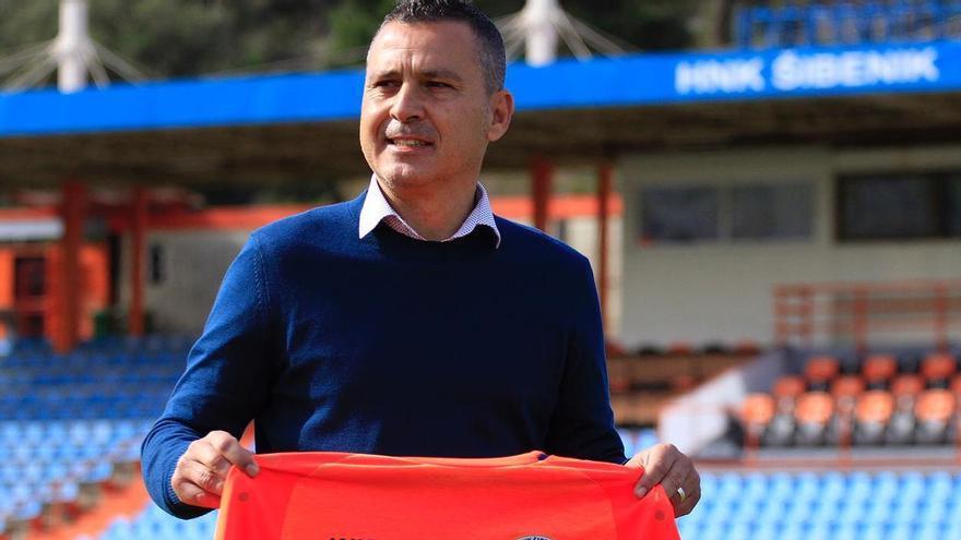 El exentrenador del Castellón Sergi Escobar debuta en Croacia ante el Dinamo de Zagreb