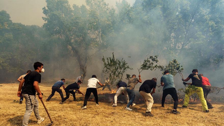 Las buenas condiciones meteorológicas ayudan a controlar el incendio en Ávila