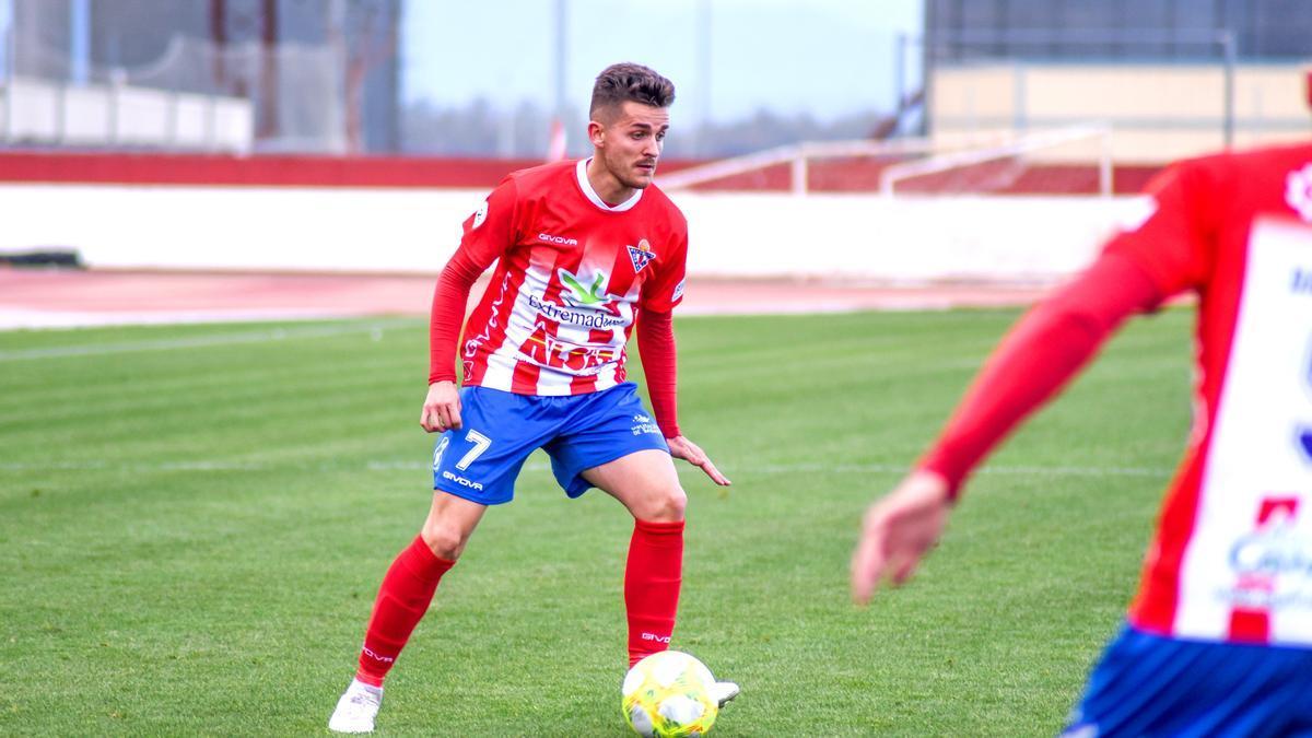 Abraham Pozo, uno de los jugadores que ha regresado este verano al Don Benito.