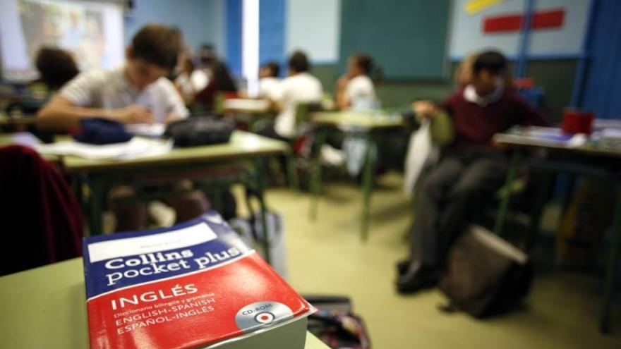 Una treintena de centros salen del programa bilingüe en una década