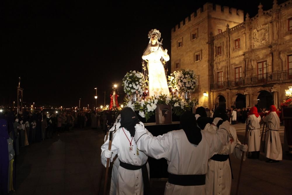 Procesión del Miércoles Santo en Gijón