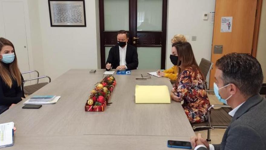 Santa Cruz y el Cabildo acercan posturas para la aprobación del Plan de El Toscal