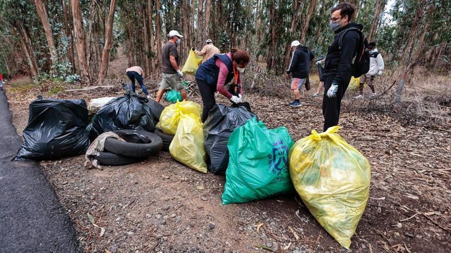 La limpieza en Rodeo Alto refuerza la convivencia con los migrantes